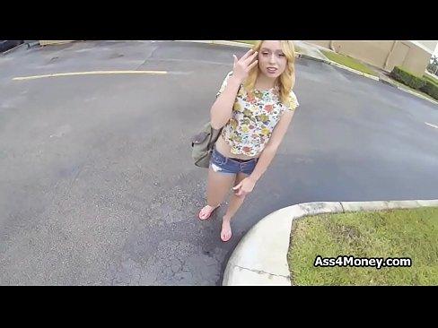 amateur girls blowjob sidewalk