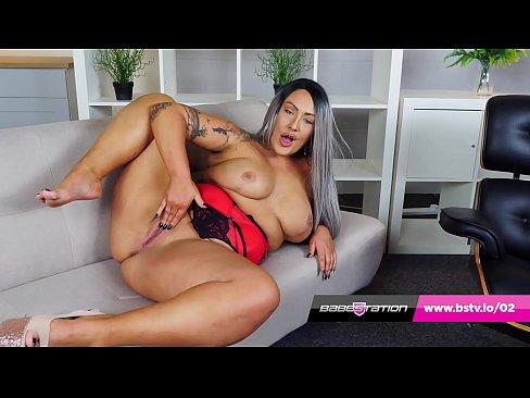 Hot British BBW twerks her big ass and wanks on the sofa