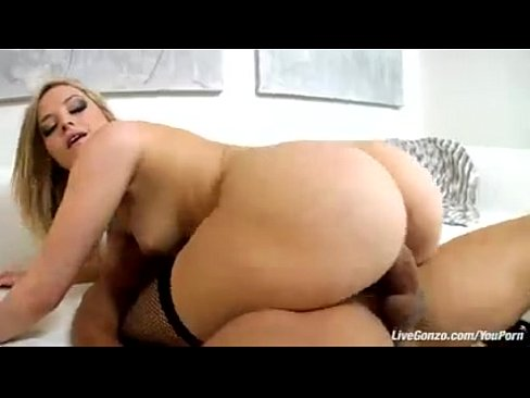 Nude couples missionary sex