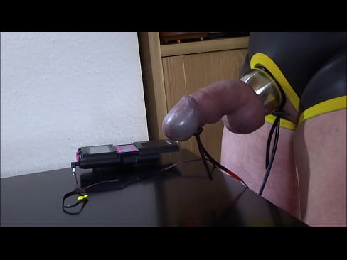 photo sucks dick