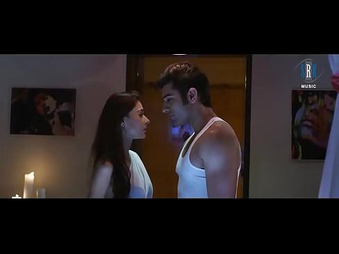 sara khan hot scene