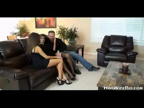 Красивые видео порно муж трахает жену и подругу обеих