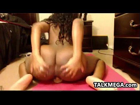 Ebony Slut Enjoying Her Nice Dildo