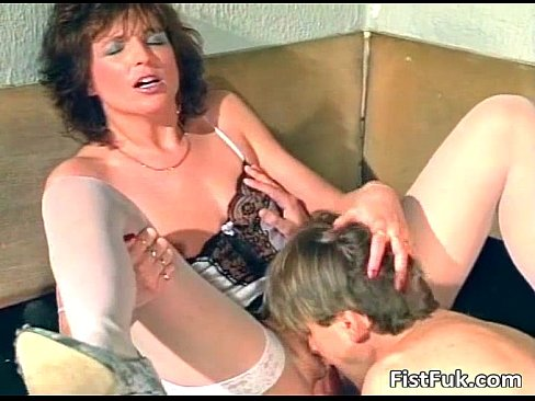 Amateur kinky action with brunette MILF