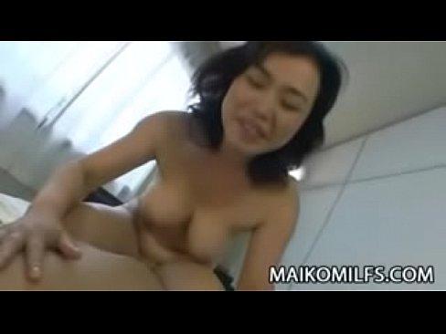 XVIDEO 巨乳熟女と個人撮影でハメ撮りセックス