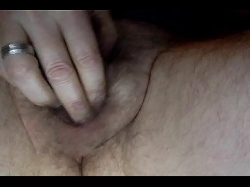 Person With Ambiguous Genitalia Fucks Own Pussy Xvideos Com