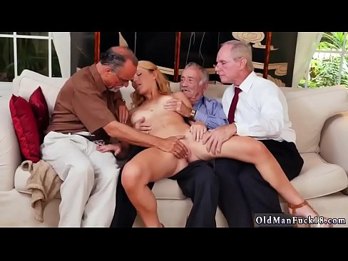 Amateur Teen Threesome Rimming