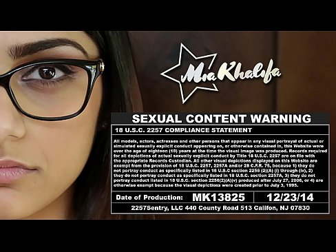 Here is Mia Khalifa's sexy body up close… I hope you like it! (mk13825)