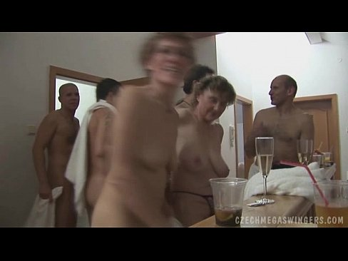 AMATEUR GROUP AT CZECH SWINGERS PARTY