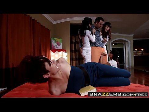 Hot Parody Foursome (Gia Dimarco, Madison Ivy, Zoe Voss, Keiran Lee) – BRAZZERS