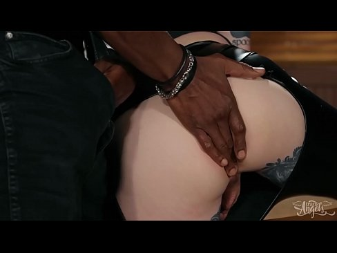 Hot Interracial Fucking With Blonde Trans (Lena Kelly) - Transangels