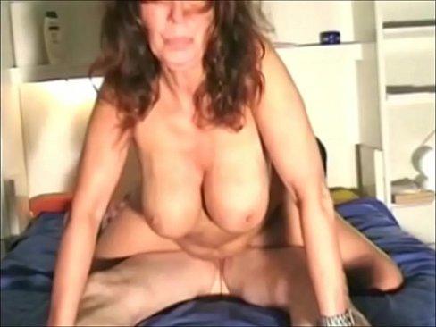 Caterina goda la scopata in diferente posizione - 3 part 6