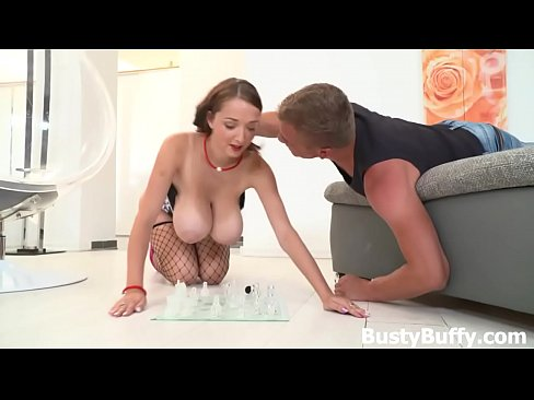 cover video Hardcore Chess  Busty Buffy