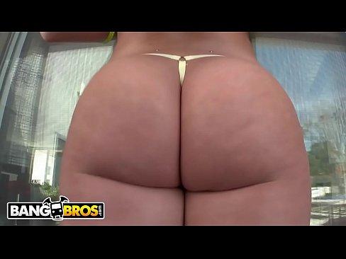 BANGBROS – PAWG Lola Foxx's Big Ass Will Blow You Away!