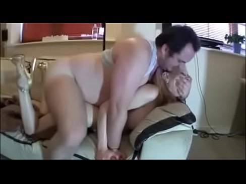 Naked fat girl squirting