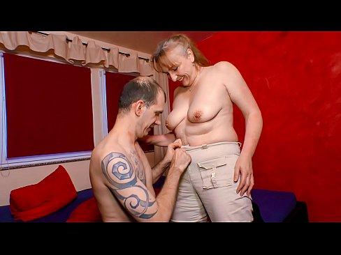 XXX OMAS - Naughty mature German granny gets screwed's Thumb