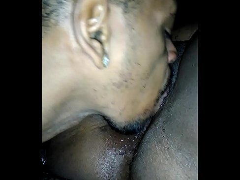 Eatin some pussy