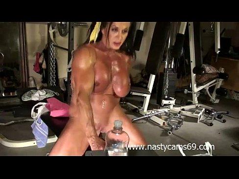 hot sexy naked girls spurt