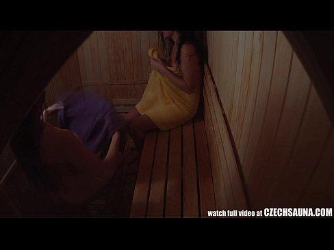 Download Free Voyeur Video Taken In The Women Sauna