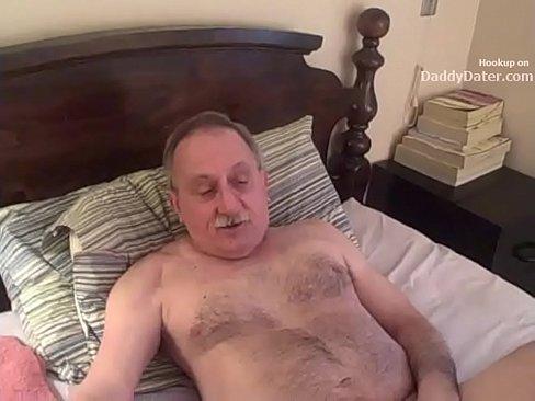 2 Grandpas Jerking And Sucking