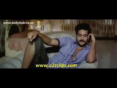 Kaveri Jha Hot Cleavage show Bath Scene South Movie MalluXXX Sex Videos 3gp