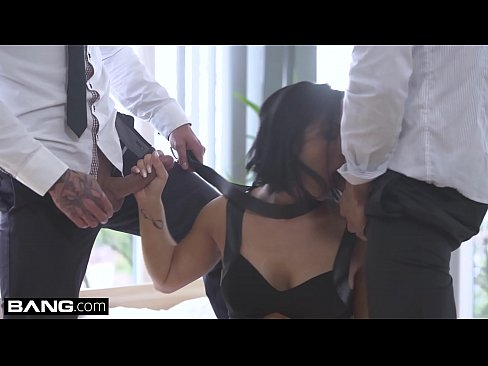 Glamkore – Euro Slut Black Sophie fucks bf's friend