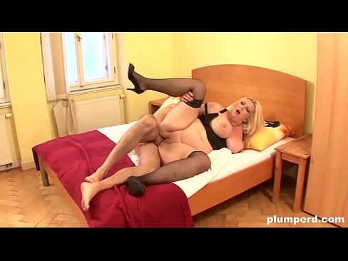 PLUMPERD.COM Horny big blonde takes huge cock like a pro