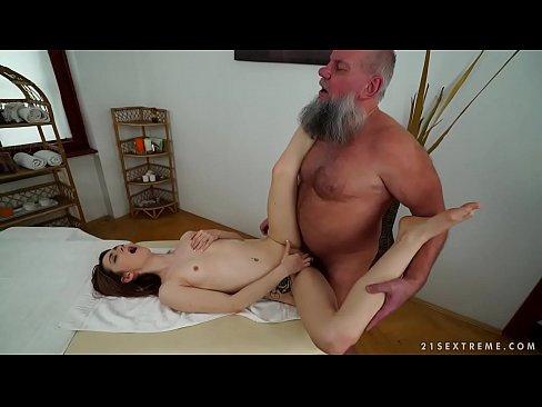 VIDEOSPORNOS PERUANOS GRUPO GAY