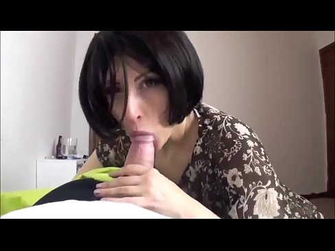 Amateur latina girl fucked to pay loan