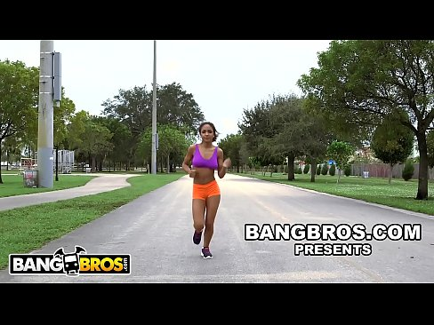 bangbros - young black babe nicole bexley teaches sean lawless yoga