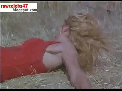 Ellen Barkin - Siesta - rawcelebs47.blogspot.com