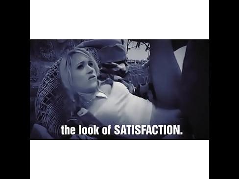 Sex Laura in vandervoort moaning