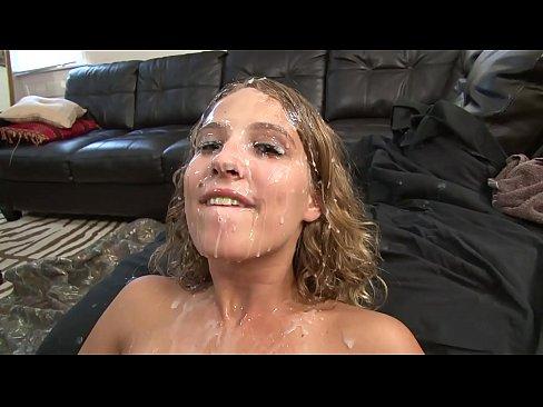 Hot Teen Sucks Big Dick