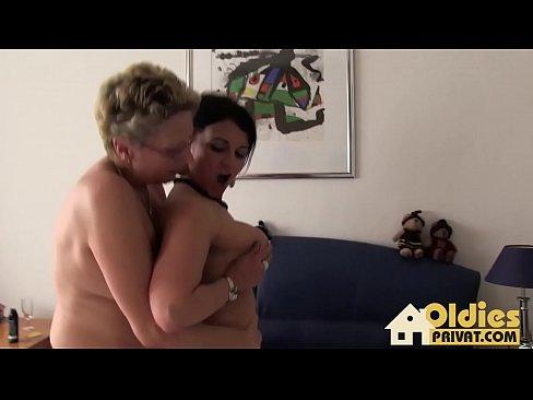 Image Mature lesbians