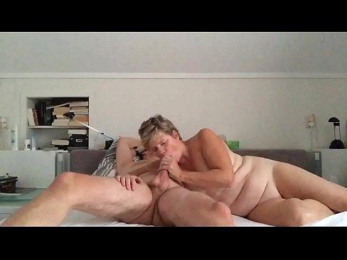 friend fucks my wife bareback and eats his own creampie