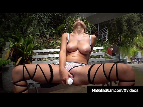 Major Sweaty Pussy Work Out With Natalia Starr In High Tops!