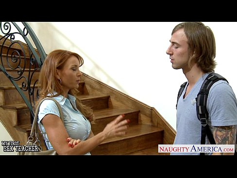 Download bokep terbaru Hottie teacher Janet Mason gets facialized
