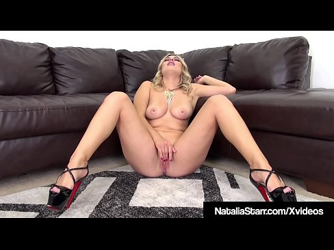 cover video Kitty Cat Na talia Starr Dildo Fucks Her Purrfect Pussy