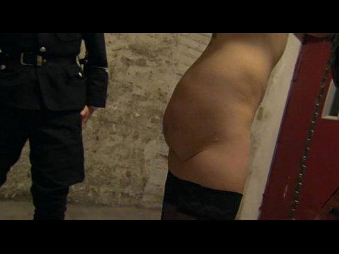massazh-zhenskih-intimnih-zon-roliki-skritaya-kamera-v-vo-vseh-zhenskih-tualetah