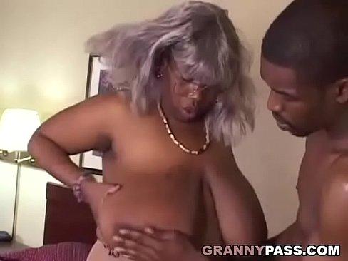 Ebony granny fucking