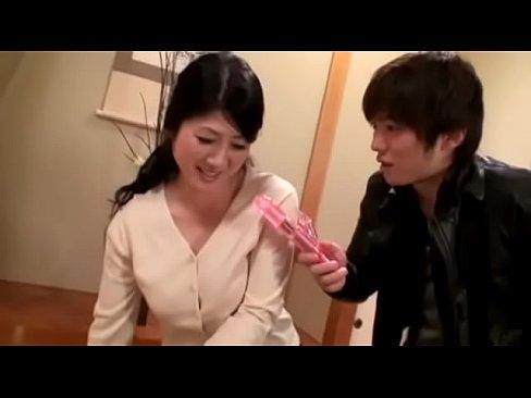 五十路母藤澤芳惠寢取相姦