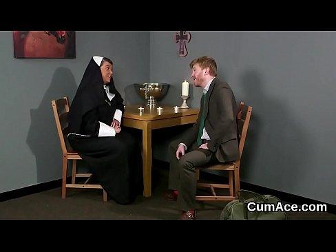 Unusual babe gets sperm shot on her face sucking all the spermXXX Sex Videos 3gp