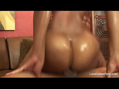 sensual black chick loves to get penetrated hard