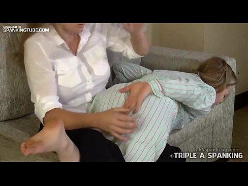 Mother spank doughter butt