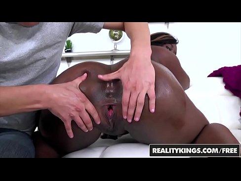 RealityKings – Round and Brown – (Ebony Sonny Nash) – Licking Ebony