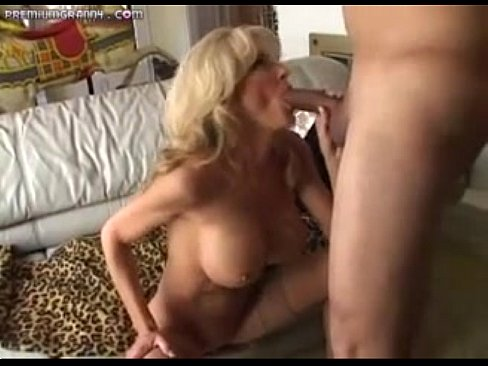 Milfs getting fucked till they squirt