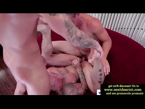 Amateur muscled jocks in kinky threeway xnxx indian xxx porn videos