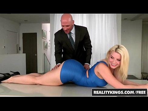 RealityKings - Monster Curves - Anikka Albrite Johnny Sins - Pleasuring Anikka's Thumb