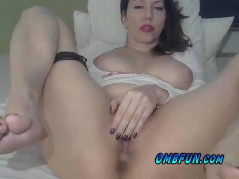 Scorching Extreme wet Hot milf Fucks Personal Shaved pussy four U PLAY OMBFUN.com VIBE NOW