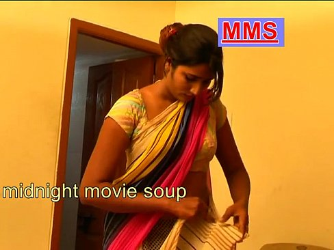 photo nude the Housewife saree xxx